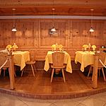 The parlor - Rustic room ideal for intimate dinners by candlelight