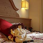 Back child  - Our rooms welcome you with warmth and friendliness